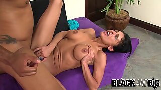 Black and Big - Iranian Babe Persia Pele