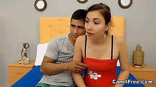 Pretty Colombian Babe Gets Her Pussy Pounded on Vpornlive.com