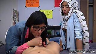 Arab prostitute BJ Lesduddy s sons with Mia Khalifa