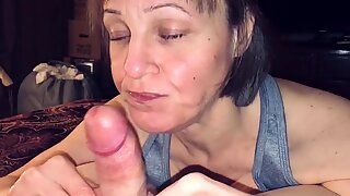 Mature MILF Wife Love   s Sucking Cock & Swallowing Cum