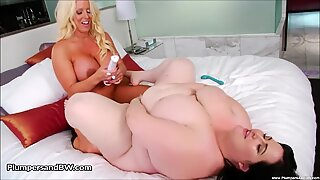 Alura Jensen and Eliza Allure eat vulva Each Others