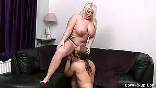 He fucks lovely blonde fatty at first date