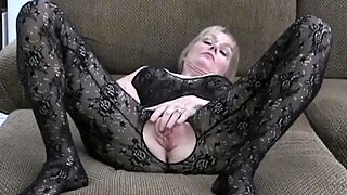 Amateur GILF Fuckhole Blonde Melanie