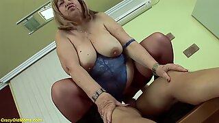 Horny bbw 72 years old mom deep fucked