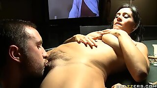 Poker game turns into ardent fuck with spoiled milf Raylene
