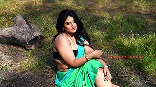 torrid bengali milf showcase into her saree-saree paramour