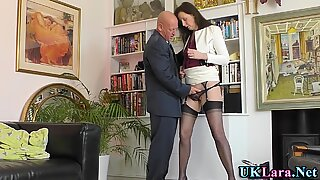 Mature british slut finger fucked
