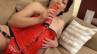 Old Lady In Fishnet Stockings Hardcore Couch Fuck