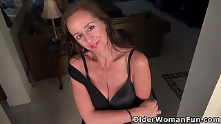 Busty mature Tricia rubs her hungry pussy