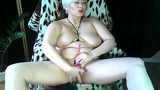 Hot sexy cougar AimeeParadise and her toys and orgasms ...