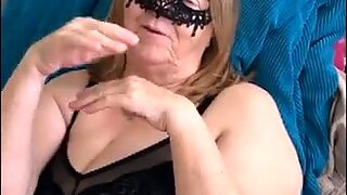 xhamster GRANNY GETS A BIG BLACK COCK