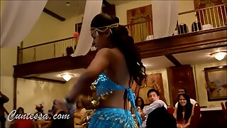 Trini Indian women shake bootie in This Sexy Chutney Dance Video