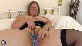 Mature curvy British housewife needs a good fuck