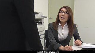 Japanese lady, Mao Saitou is masturbating, uncensored
